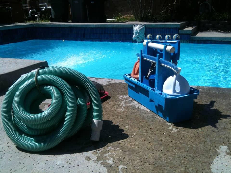 Start a pool maintenance business